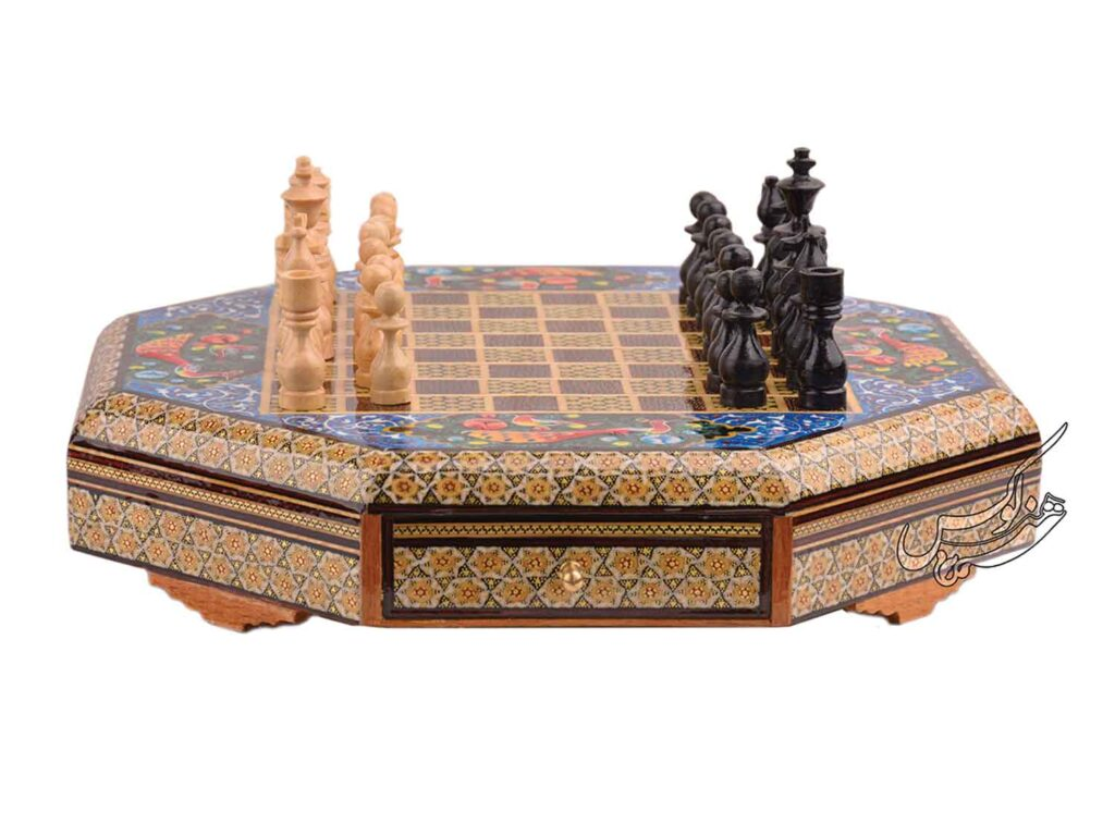 صفحه شطرنج خاتم کاری کشودار
